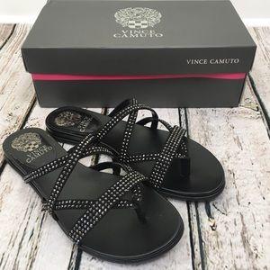 NIB Vince Camuto Evesie Flat Sandal Black Size 7.5
